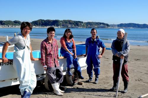 鎌倉漁業協同組合の若手の漁師たち